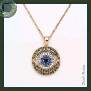 Jewelry - Sparkling Crystal Evil Eye Pendant Necklace